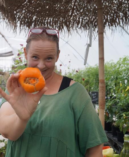 pernilla visar tomater